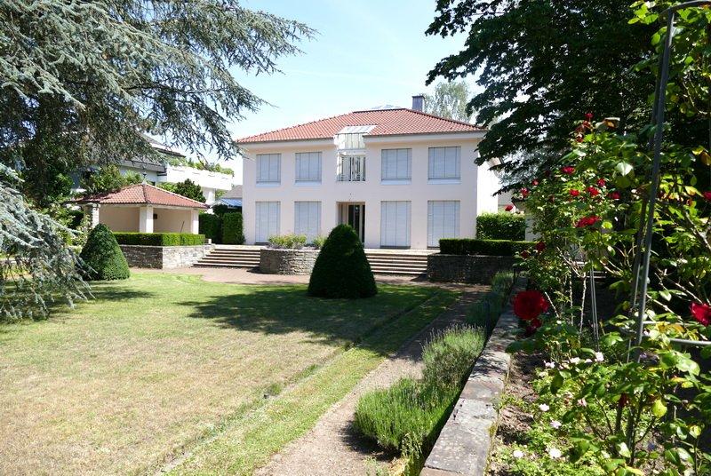 Villa Im Bonner Regierungsviertel