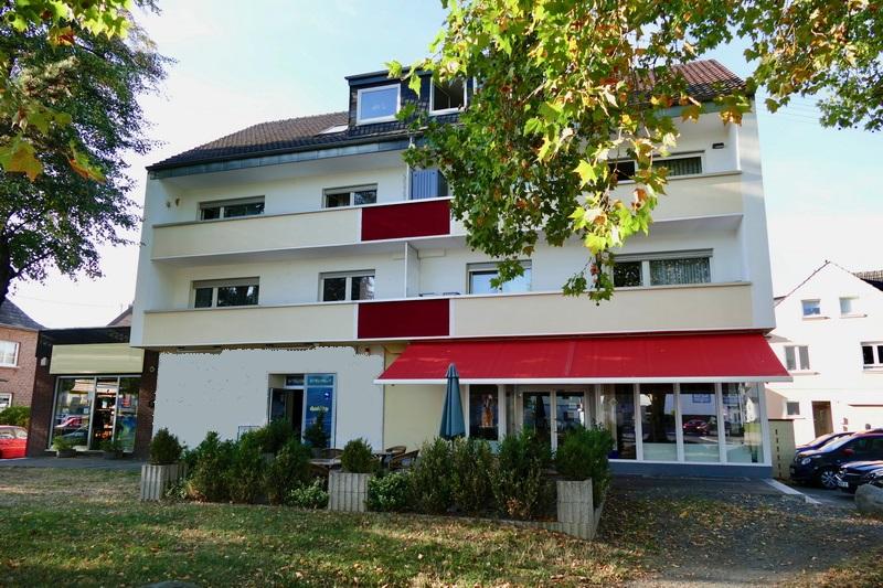 Foto: Wohn- Und Geschäftshaus In Sankt Augustin