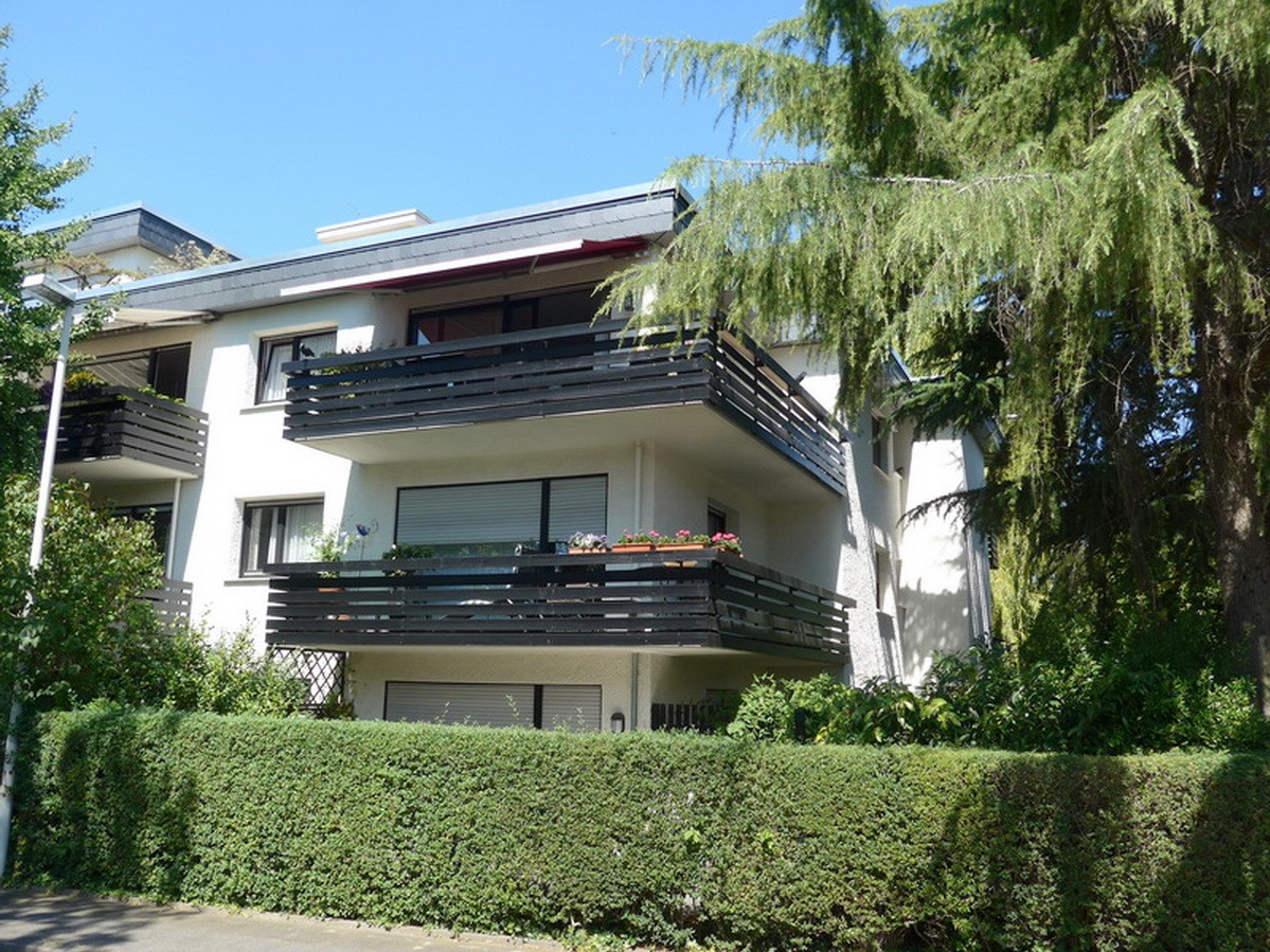 SOLD! Nice 4-room apartment with 2 balconies in Ippendorf