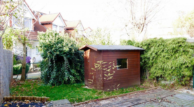 Terrasse + Gartenhaus