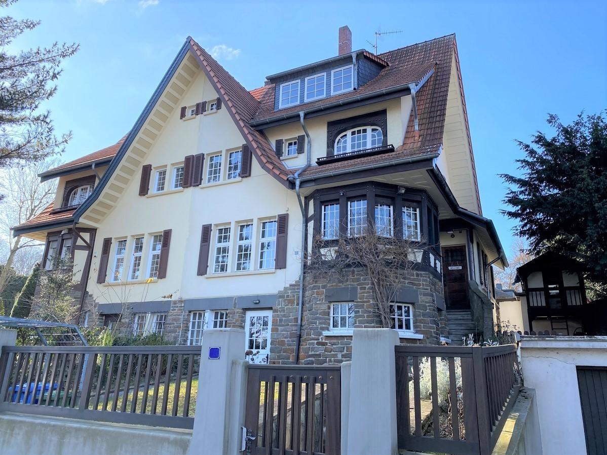 VERKAUFT! Großzügige historische Doppelhaushälfte in Bad Godesberg-Muffendorf